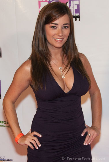 Taylor Vixen at F.A.M.E. Awards